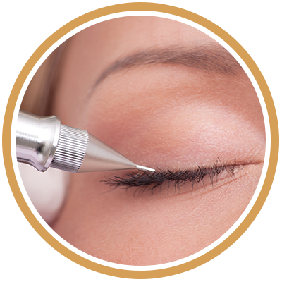 Getting Semi Permanent Eyeliner With Semi-Permanent Makeup Treatment.